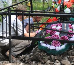 «Танюшка, сестричка, прости меня, не сберегла я твою могилку. Прости, Таня»!