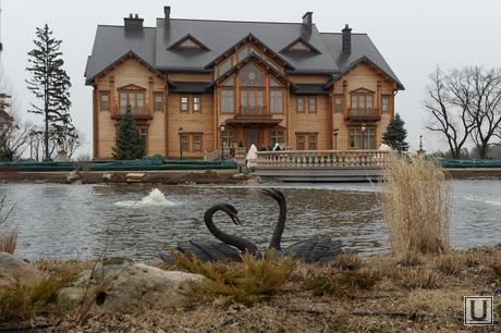 Дом Януковича в Межигорье захвачен. Украина., дом януковича, межигорье, дворец, хоромы