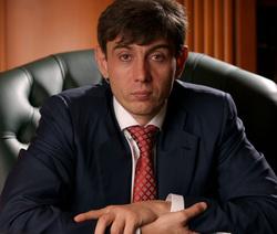 Совладелец крупнейшей розничной сети «Магнит» Сергей Галицкий (урожденный Арутюнян), заработавший миллиарды, «пожалел» масла блокаднице