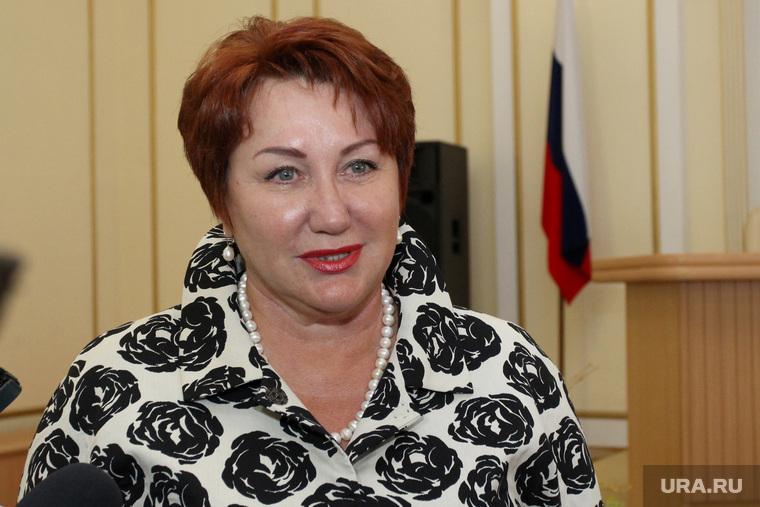 Сенатор Елена Перминова создает «женское лобби»