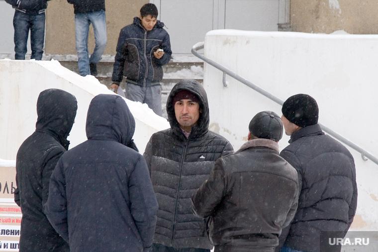 Уральский поселок ждет «кавказскую войну». Народ — cиловикам: «Закрывая дела против них, вы сами сталкиваете нас лбами»