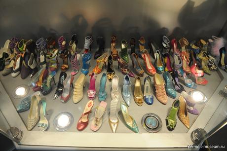 Филоботия - коллекционирование обуви - одно из самых интересных и экстравагантных занятий.