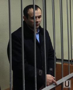 http://ura.ru/images/news/upload/news/194/849/1052194849/92082_Gadzhiev_sud_1416395681.jpg