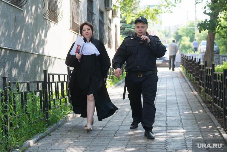 Перед судебным заседанием по Лошагину. Екатеринбург, евладова александра