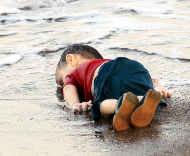 Ափ նետված ջրահեղձ եղած փախստական փոքրիկի հայրը հրաժարվել է Կանադայի՝ իրեն բնակության վայր տրամադրելու առաջարկից