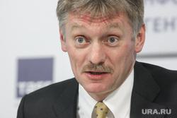 """Песков рассказал о разговоре Путина и Порошенко """"на повышенных тонах"""""""